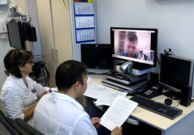 Минздрав рекомендовал лечить коронавирус на дому с помощью телемедицины